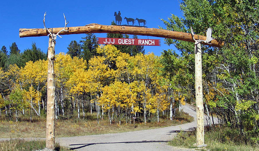 Welcome to the JJJ Guest Ranch in Augusta, Montana
